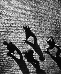 Home From Work, New York, 1950-1951 , Bedrich Grunzweig. American Photographer, born in Czech (1910 - 2009 )