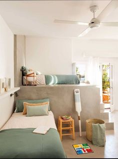Cómo elegir el suelo adecuado para una casa con niños Nursery Room, Kids Bedroom, Bedroom Bed, Bureau Design, Greek Decor, Decorate Your Room, Zara Home, Kid Spaces, Cozy House
