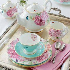 british-shop-porcelaine-vaisselle-anglaise-green-hotels-paris-gavarni-eiffel-trocadero