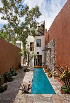 Perfect Small Backyard Pools Design Ideas