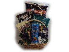Junk Food Makeover Healthy Gift Basket for College Students Food Gift Baskets, Gift Baskets For Men, Basket Gift, Healthy Juices, Healthy Snacks, Healthy Recipes, Christmas Gift Baskets, Almond Recipes, Budget Meals