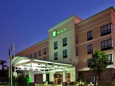 Houma (LA) Holiday Inn Houma United States, North America The 3-star Holiday Inn Houma offers comfort and convenience whether you're on business or holiday in Houma (LA). Offering a variety of facilities and services, the hotel provides all you need for a good night's sleep. Free Wi-Fi in all rooms, 24-hour front desk, facilities for disabled guests, luggage storage, room service are just some of the facilities on offer. Designed for comfort, selected guestrooms offer televisi...
