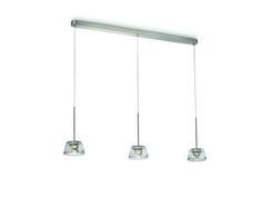 Clario - lampa wisząca wykonana z aluminium i wysokiej jakości przeźroczystego szkła. Prosta i elegancka w formie, z możliwością przyciemniania diod LED. Wymiary: wysokość - 150 cm, długość - 107 cm, szerokość - 14 cm. #PhilipsLighting #Showroom #Duchnicka