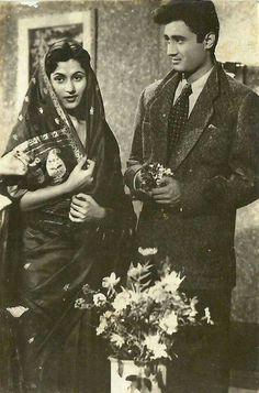 Madhubala and Devanand on the sets of Kala Pani circa Indian Film Actress, Best Actress, Indian Actresses, Bollywood Heroine, Bollywood Actors, Vintage Bollywood, Indian Bollywood, Hollywood Actresses, Actors & Actresses