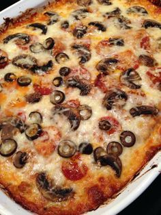 This is a spaghetti squash pizza bake that is one of our absolute favorite primal recipes since we try not to eat real pizza with crust anymore. I follow the basic recipe but put my choice of toppings on.