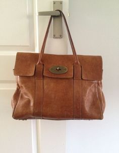 6b07ec1e58 Mulberry Bayswater Oak Leather well used vintage. Mulberry BagClassic  HandbagsHand ...