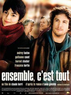 Ensemble, c'est tout est un film de Claude Berri avec Audrey Tautou, Guillaume Canet. Synopsis : La rencontre de quatre destins croisés qui vont finir par s'apprivoiser, se connaître, s'aimer, vivre sous le même toit.