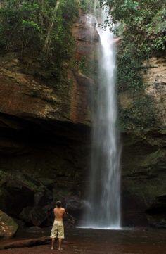 Cachoeira da Roncadeira em Taguaruçu - Tocantins.