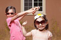 Creative Kids Photos by Jason Lee Creative Pictures, Creative Kids, Cool Pictures, Cool Photos, Crazy Photos, Adorable Pictures, Photos Folles, Kind Photo, Photo Humour