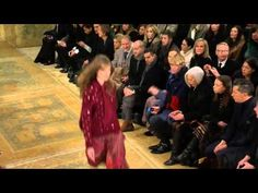 Safavieh rugs in fashion show... colors would look really good with our floors...  Tory Burch   Fall Winter 2015/2016 Full Fashion Show   Exclusive