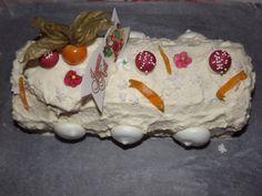 Découvrez la recette Bûche Blanche crème citron et oranges confites sur cuisineactuelle.fr.