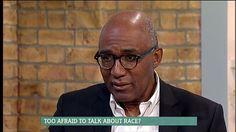 Spisovatel a bývalý britský politik Trevor Phillips v pořadu britské televize Channel Four týkajícím se rasismu