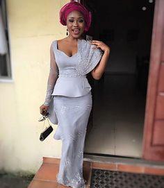 #asoebi #asoebispecial #speciallovers #makeup #wedding #summer17 #summer #world #nigeria Outfit @divalukky