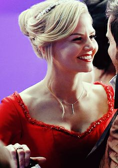 I hope this is Emma smiling in character and not Jennifer Morrison smiling behind the scenes in between takes.