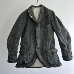 "nest of manure su Instagram: ""Jacket = 1950-1960 Vintage Lot of Darned and Patched Donegal Tweed Jacket Hand Woven in Ireland by The Brooks…"" Tweed Jacket, Suit Jacket, Leather Jacket, Hobo Style, Donegal, Nest, Ireland, Hand Weaving, Blazer"