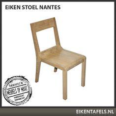 Super mooi design met een perfecte zitkwaliteit. De eiken stoel Nantes kunnen wij ook met mooie gekleurde kussens leveren. Doordat wij maatwerk maken kunnen wij deze eiken stoel in iedere gewenste hoogte maken en in iedere gewenste kleur uit ons assortiment afwerken. Vraag snel een offerte aan bij eikentafels.nl
