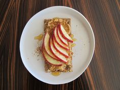 8 Healthy And Delicious Take-To-Work Snacks