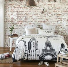 Iconic landmarks black and white bed cover featuring the London Eye, the Chrysler Building and the Eiffel Tower.