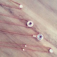 Did somebody say rosè? 🌹🍾🍷💎 #rose #rosè #rosegold #jewelry #sparkle #necklace #necklaces #pink #morganite #amethyst #pretty #lafonn  #trendy #trend #trending #fashion #fashionblogger #CDI