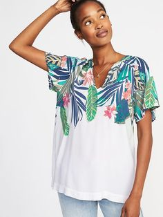 Lightweight Pleated-Back Top for Women