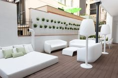 Loving this minimalist terrace! This amazing apartment can sleep up to 14 people from £423/night