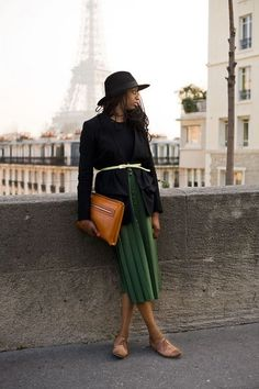 every outfit looks cooler when in Paris
