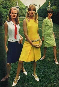 1960s dress 60s And 70s Fashion, Teen Fashion, Retro Fashion, Fashion Models, Fashion Beauty, Vintage Fashion, Gothic Fashion, Vintage Style Dresses, Vintage Outfits