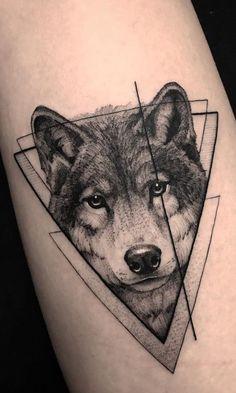 50 Of The Most Beautiful Wolf Tattoo Designs The Internet Ha.- 50 Of The Most Beautiful Wolf Tattoo Designs The Internet Has Ever Seen awesome geometric wolf tattoo ideas ©️️ tattoo artist Lucas Martinelli 💙💙💙💙 - Trendy Tattoos, Cute Tattoos, Beautiful Tattoos, Body Art Tattoos, Small Tattoos, Awesome Tattoos, Tatoos, Beautiful Body, Tattoos Masculinas