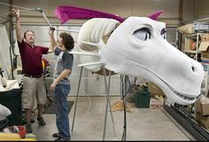 She's 24 feet long, weighs 75 pounds and breathes smoke. She's the perfect woman for a talking donkey. Shrek Dragon, Dragon Puppet, Puppet Making, Puppets, Musicals, Theatre, Volunteers, Halloween, Costumes