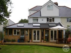 Living the oak dream, oak framing in Surrey. An oak extension on a semi house, giving additional living space and large kitchen. Brick Extension, House Extension Plans, Single Storey Extension, House Extension Design, Rear Extension, House Design, Extension Ideas, Extension Google, Extension Designs