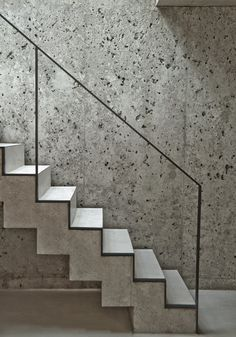 a Patchwork - Picture gallery - concrete stairs and wall with minimal metal handrail Concrete Staircase, Staircase Handrail, Interior Staircase, Floating Staircase, Stairs Architecture, Stair Railing, Staircase Design, Staircase Ideas, Handrail Ideas