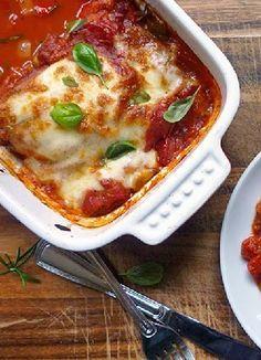 Low FODMAP & Gluten free Recipe - Mozzarella chicken http://www.ibssano.com/low_fodmap_recipe_mozzarella_chicken.html