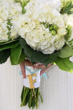 white wedding bouquet using hydrangeas