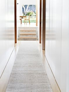 Drift Weave Runner - Natural & White | Armadillo&Co