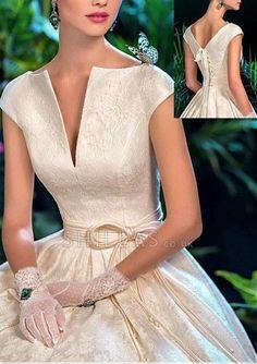 Couture Dresses, Bridal Dresses, Fashion Dresses, Prom Dresses, Formal Dresses, Dresses Uk, Elegant Wedding Dress, Designer Wedding Dresses, Wedding Gowns