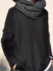 Cuello lana jaspeado gris oscuro.