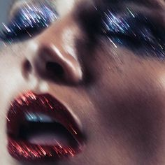 Thanks to Pat McGrath's ongoing glitter trend, the sparkly lip and eye combo is going strong. Style it with fishnets and lingerie to get Frank N. Furter's signature look. By @daniel _alvaradol More