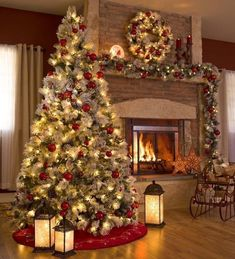 Looking for for pictures for farmhouse christmas tree? Browse around this site for amazing farmhouse christmas tree ideas. This kind of farmhouse christmas tree ideas seems to be amazing. Outside Christmas Decorations, Christmas Mantels, Noel Christmas, Christmas Ideas, Christmas Room, Flocked Christmas Trees Decorated, Christmas Design, Red And Gold Christmas Tree, Christmas Ornaments