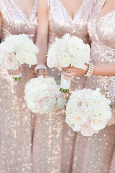 white rose wedding bouquets @weddingchicks