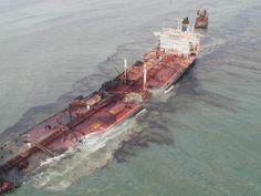 Amoco Cadiz: Shipwreck Girl, Sunken Abandoned Boats, Wrecks Boat, Maritime Accident,