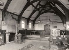 https://flic.kr/p/rTqN6J | Queen Mary's Grammar School, Basingstoke | Black and white photograph showing an interior view a classroom at Queen Mary's Grammar School,Worting Road, Basingstoke, Hampshire. HMCMS:P2005.199 DPAAMW86