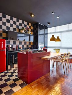 The Masterly Blends Of Colors And Textures In Brazil's Modern Apartment: Inspiring Kitchen Design With Chess Motif Wall And Yellow Chandilie...