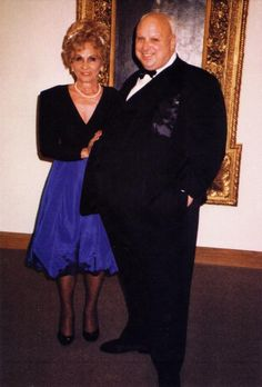 Frances Milstead and her son Divine at the Baltimore world premiere of Hairspray, 1988
