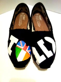HAHAHHAHAHAHAH!! One Direction Painted TOMS Version 3 by AgnesElizabeth on Etsy, $95.00
