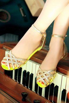Cage strap sandals