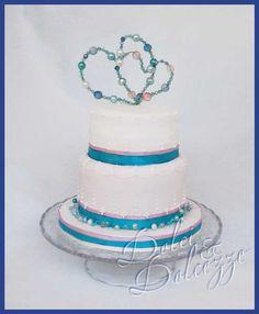 torta anniversario con cuori di perle per ricordo