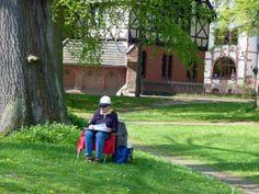 Ausflug nach Bad Doberan im Rahmen unserer Malreise an die Ostsee   Malen beim Möckelhaus im Park des Doberaner Münsters (c) Frank Koebsch