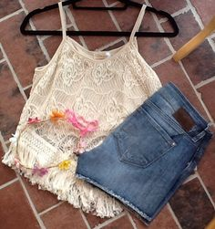d.monaco designs styles we love, Emily Mavi jean shorts, crochet crop top, flower crown, flower, colorful crown, spring fashion, summer fashion