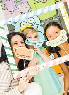 little-monster-birthday-party-group-photo