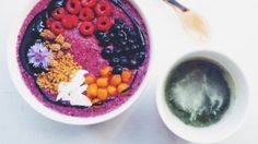 blueberry-buckwheat-breakfast-bowl